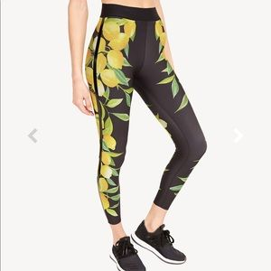 Ultracor lemon print leggings
